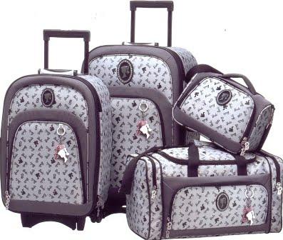 81d36c033 As malas de viagem são muito importantes para transportar os seus pertences  e roupas durante o passeio. É importante saber fazer a sua escolha quanto  às ...