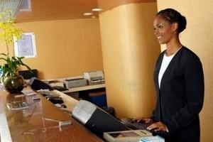 Curso-Recepcionista-Gratuito-de-Hotel