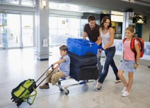 aviao-aeroporto-familia-thinkstock