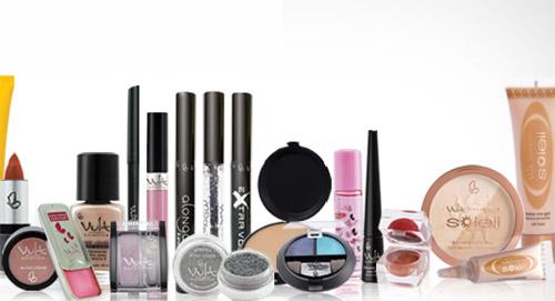 Saiba qual é o melhor lugar para comprar maquiagens baratas