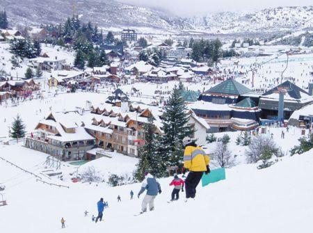 Traga sua família para esquiar nas montanhas no Chile
