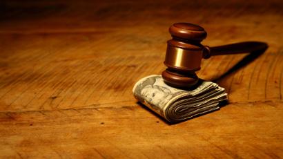 Quem decreta o valor da Pensão alimentícia é um Juiz