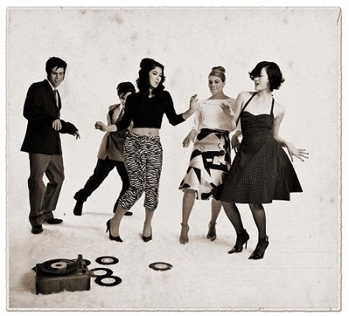 Modelos-de-roupas-femininas-anos-60-2