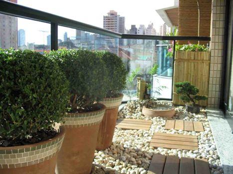 Os jardins residenciais dão todo um brilho e um ar especial para as casas