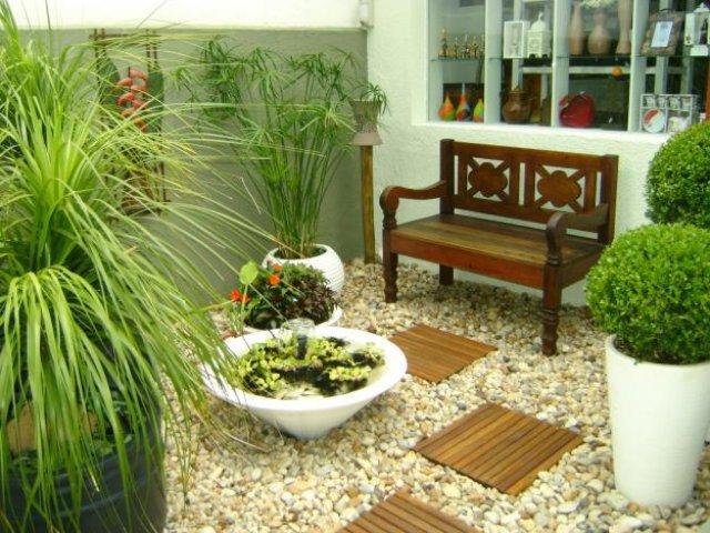 Muitas pessoas não sabem como montar um jardim residencial, na dúvida chame um especialista