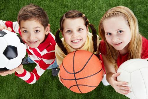 a prática de esportes auxilia no desenvolvimento infantil