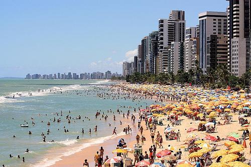 Muitos turistas internacionais visitam Recife todos os anos
