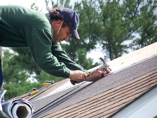 As goteiras devem ser consertadas corretamente, para amenizar problemas (Foto: Divulgação)