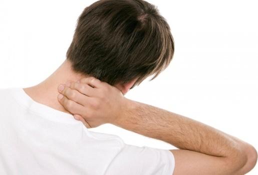 Como curar torcicolo em casa. (Foto: Divulgação)