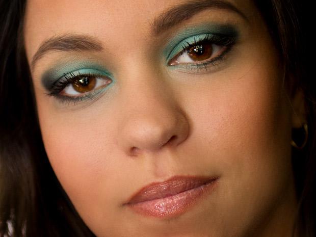 Maquiagem ideal para vestido verde