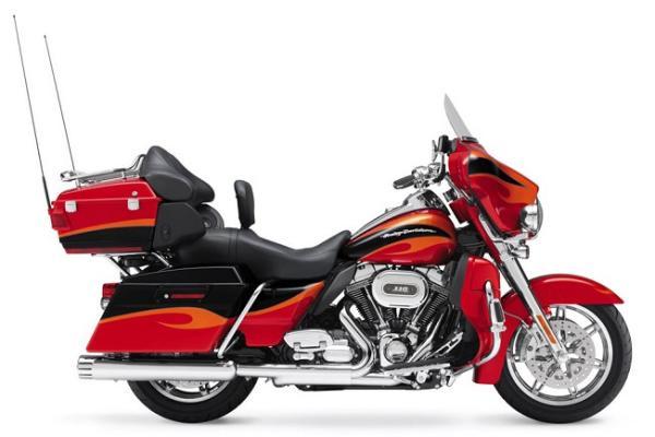 Harley-Davidson Ultra Classic Electra Glide CVO – R$ 112.187