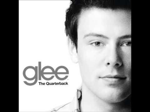 Tributo a Cory não poupa lágrimas do elenco de 'Glee'