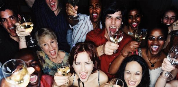 Beber e fumar de finais de semana faz muito mal à saúde (Foto: Divulgação)