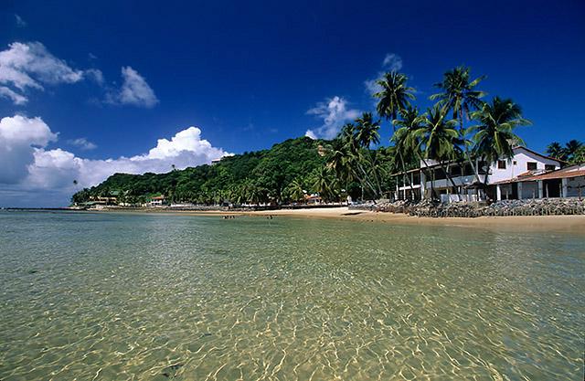 Praias com águas cristalinas é o que mais tem pelo mundo (Foto: Divulgação)