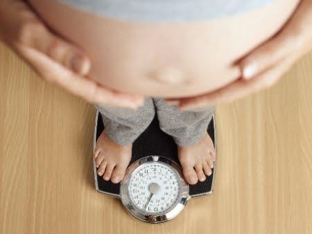 Obesidade da mãe influência na vida do bebe (foto: divulgação)