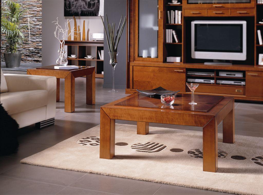 As mesas de centro de madeira são ótimas para a decoração, porque nunca saem de moda  (Foto: Divulgação)