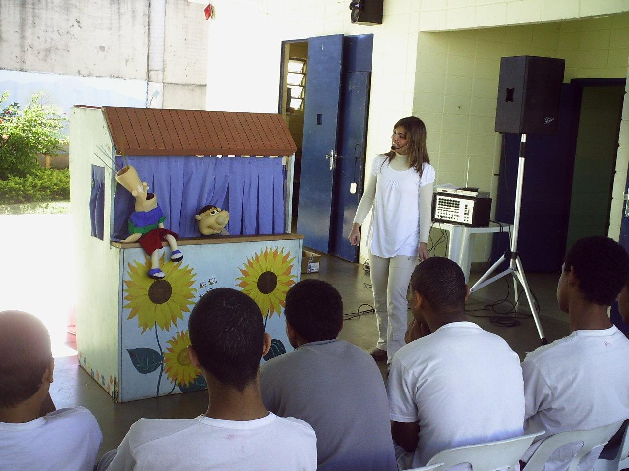 Alguns projetos sociais ajudam os jovens na Fundação CASA SP (Foto: Divulgação)