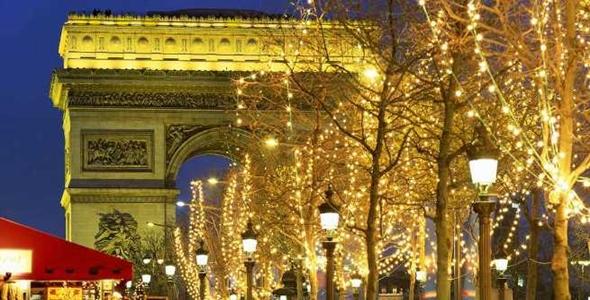 Paris fica mais linda ainda no Natal (Foto: Divulgação)