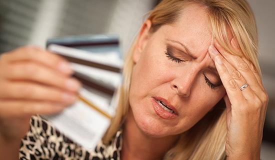 Não use o cartão de crédito para fazer contas desnecessárias (Foto: Divulgação)