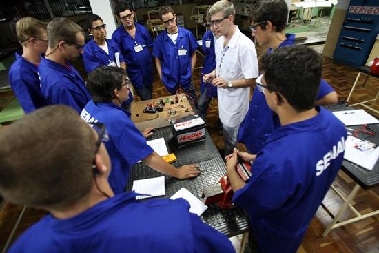 Diversas instituições oferecem diversos cursos gratuitos (Foto: Divulgação)