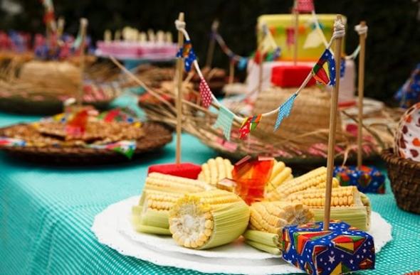 As comidas típicas são um item fundamental nas festas juninas (Foto: Divulgação)