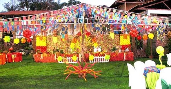 As bandeirinhas servem para decorar as Festas Juninas (Foto: Divulgação)