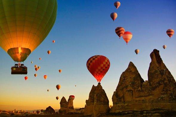 Passeios românticos de balão são ótimos no Dia dos Namorados (Foto: Divulgação)