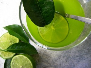 Remédios caseiros para evitar caspas - Tônico com limão (foto ilustração)