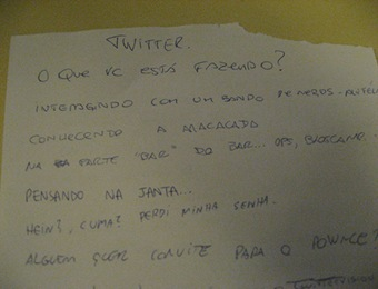 papel do twitter